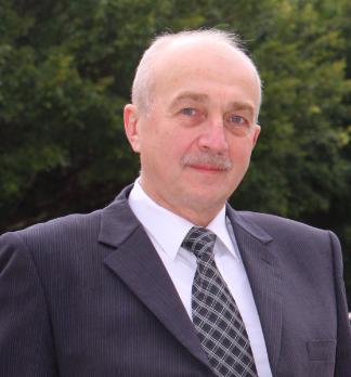 Dr. Vladimir Chigrinov