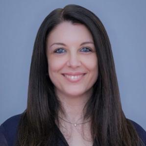 Dr. Paula Cristina Nunes Ferreira